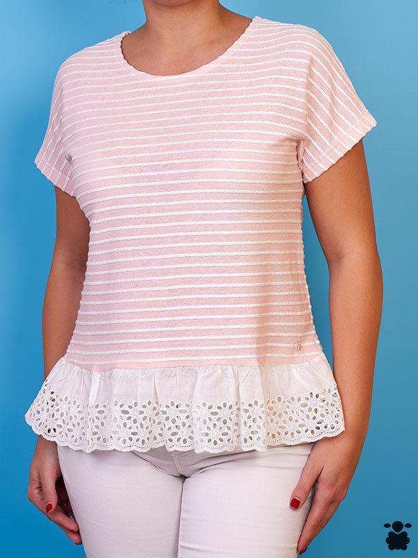 Camiseta blanca de rayas rosas
