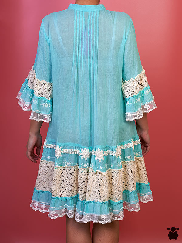 Vestido azul celeste boho chic con bordados étnicos