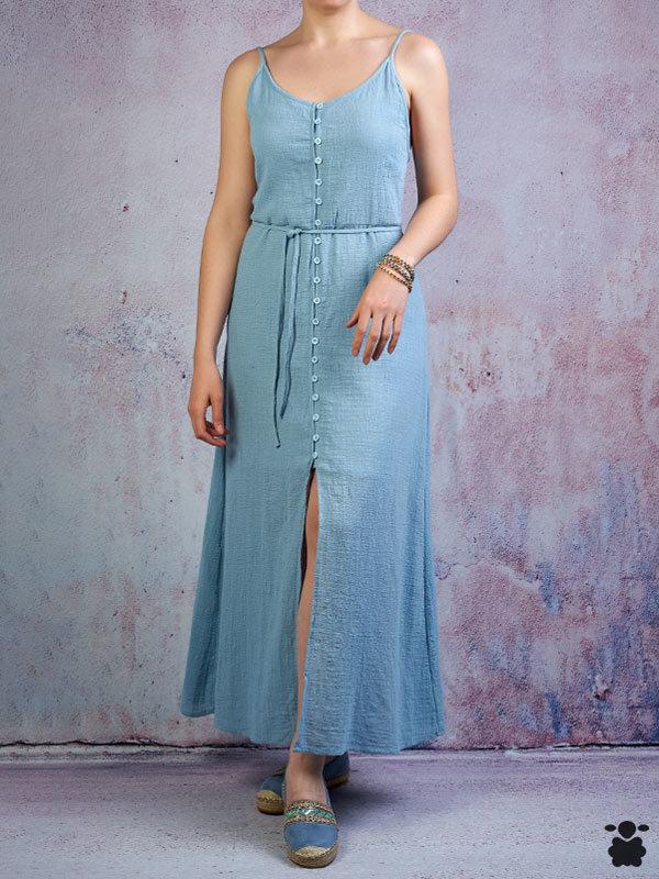 Vestido largo de tirantes en color azul con cierre de botones